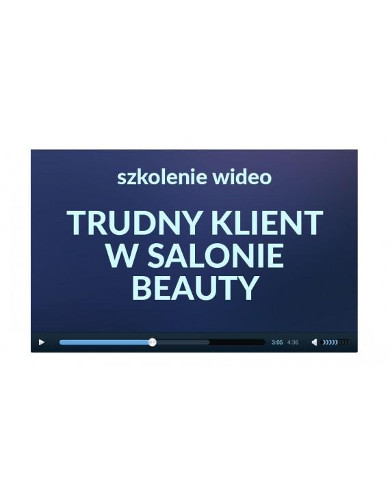 TRUDY KLIENT W SALONIE BEAUTY